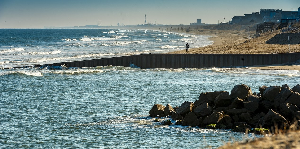 Virginia Beach Picture With Windy Waves