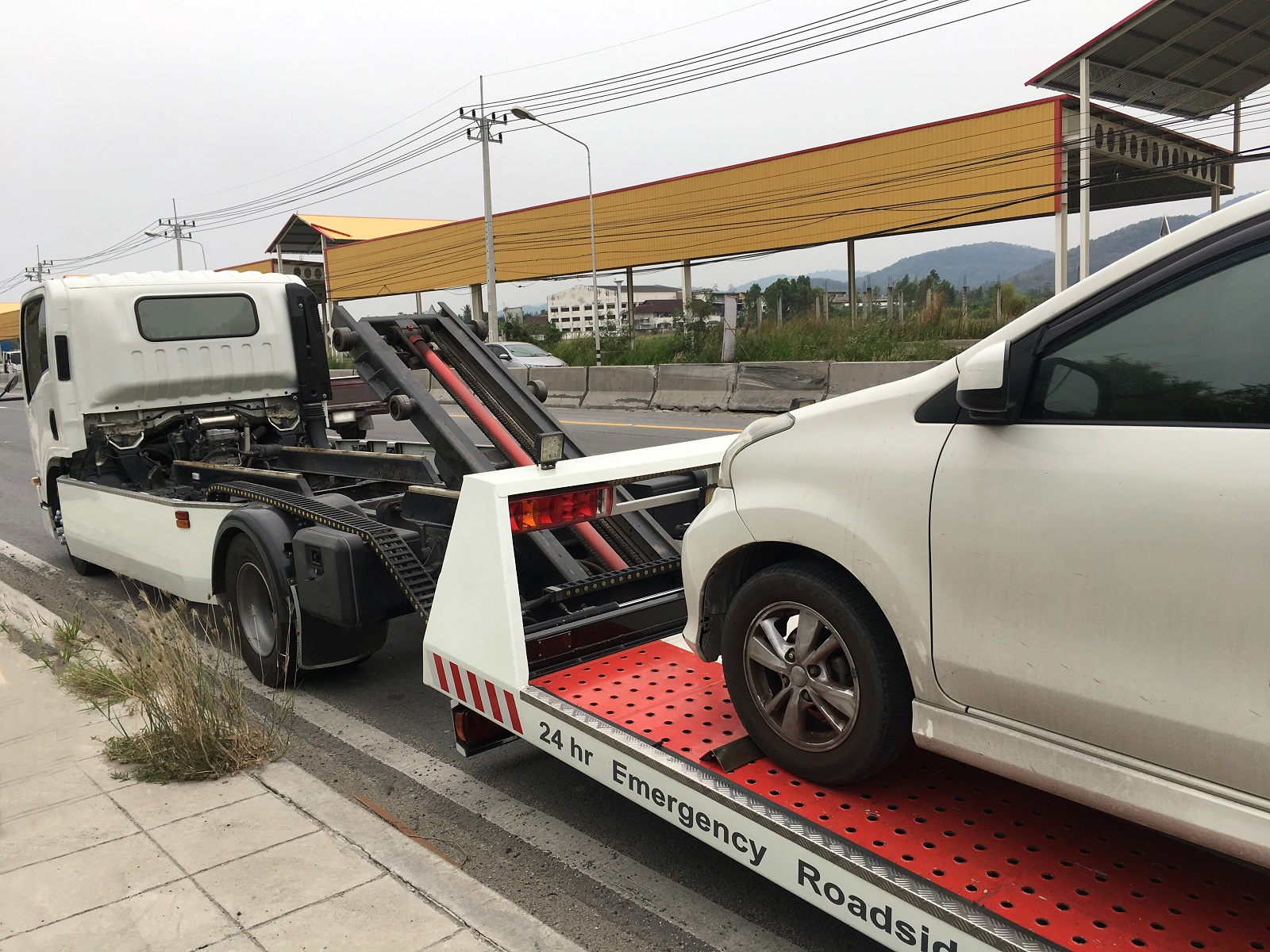 Preparing For A Long Distance Towing Service