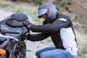Read more about the article The Case For A Towing Service For Motorcycles